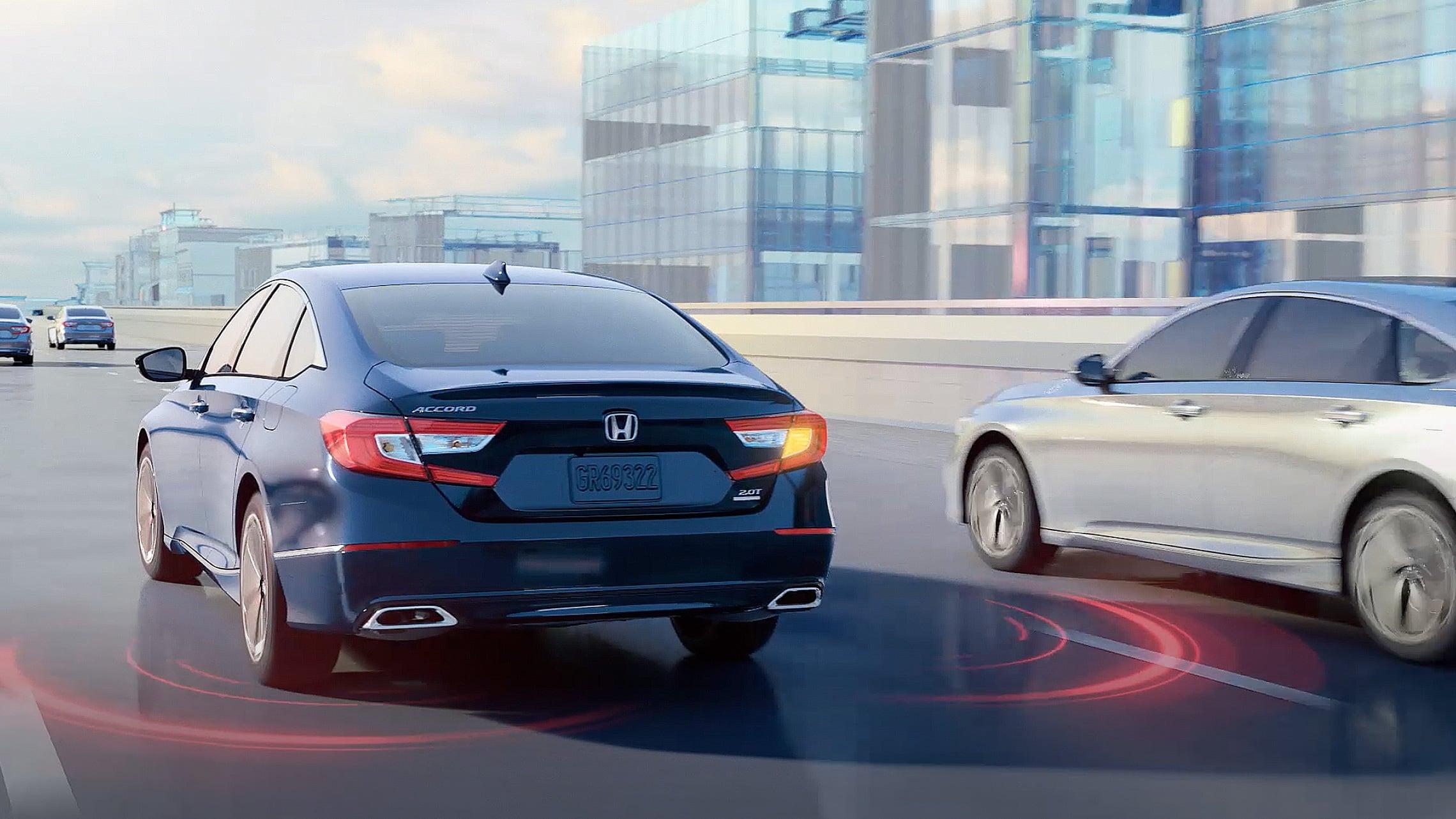 El Honda Accord2020 mostrando la característica Honda Sensing®.