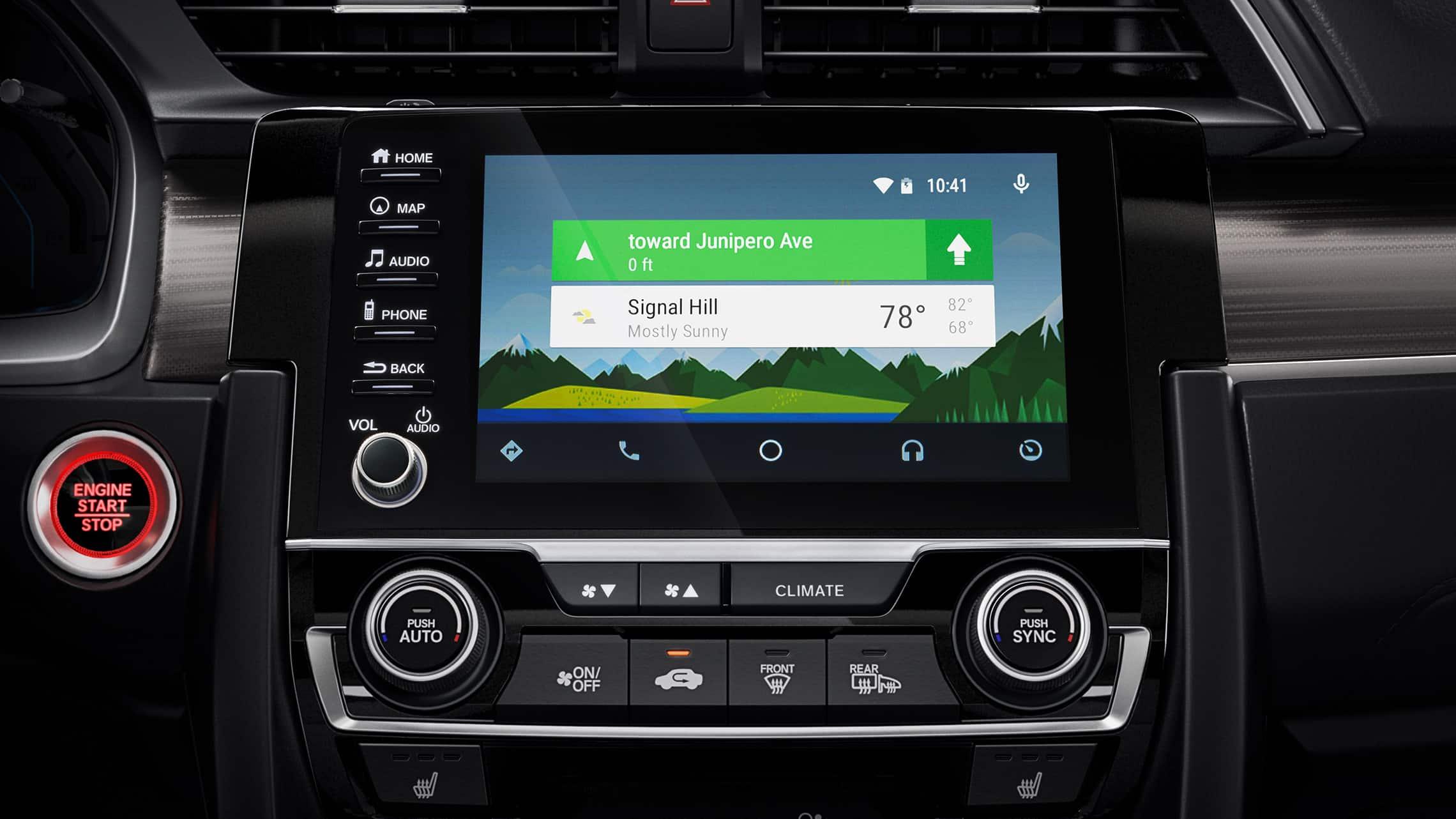 Detalle de Android Auto™ en el sistema de audio en pantalla táctil del Honda Civic Touring Sedán2021.