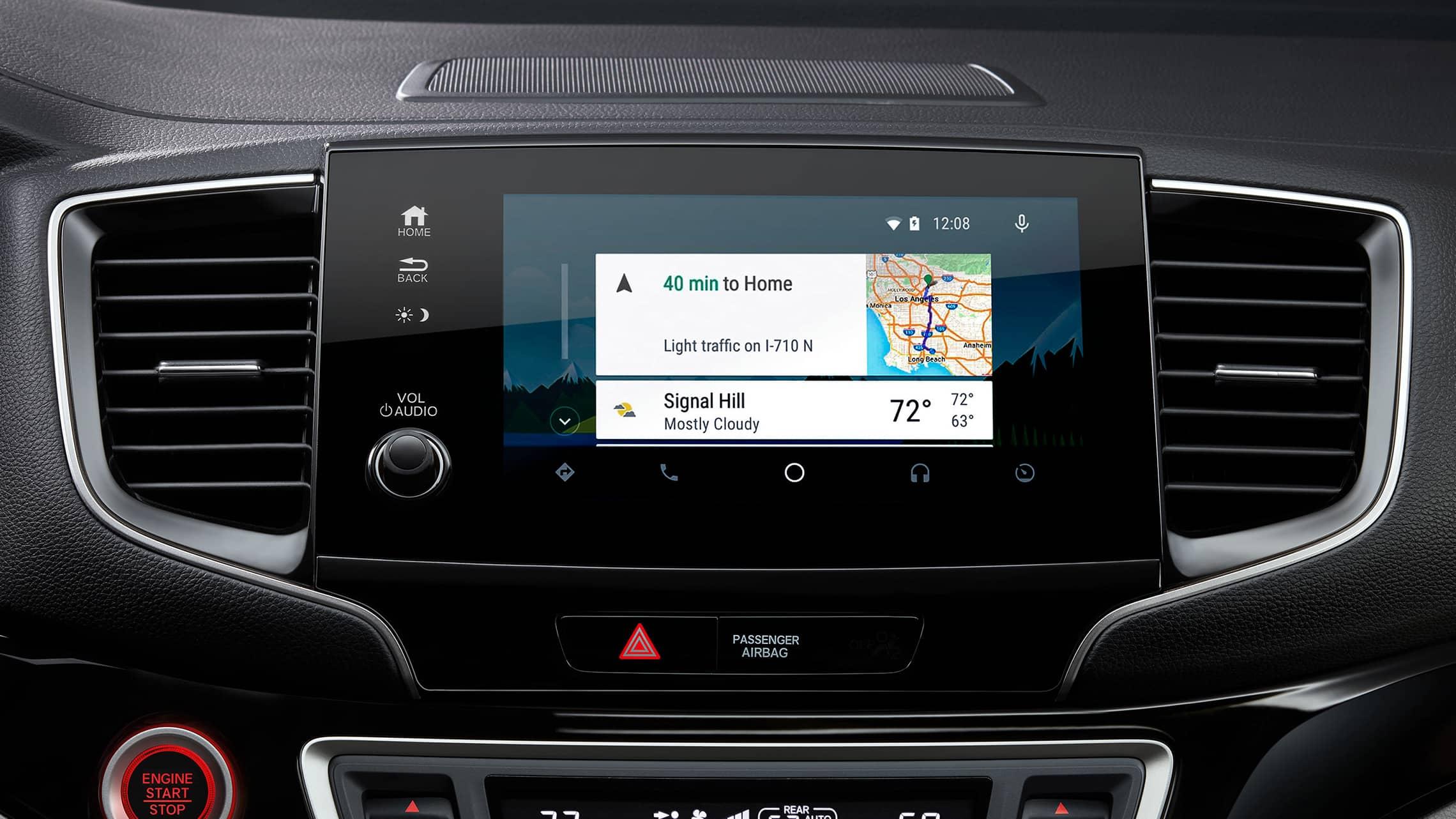 Detalle de la pantalla de inicio de Android Auto™ en el sistema de audio en pantalla táctil de la HondaPilotElite2021.